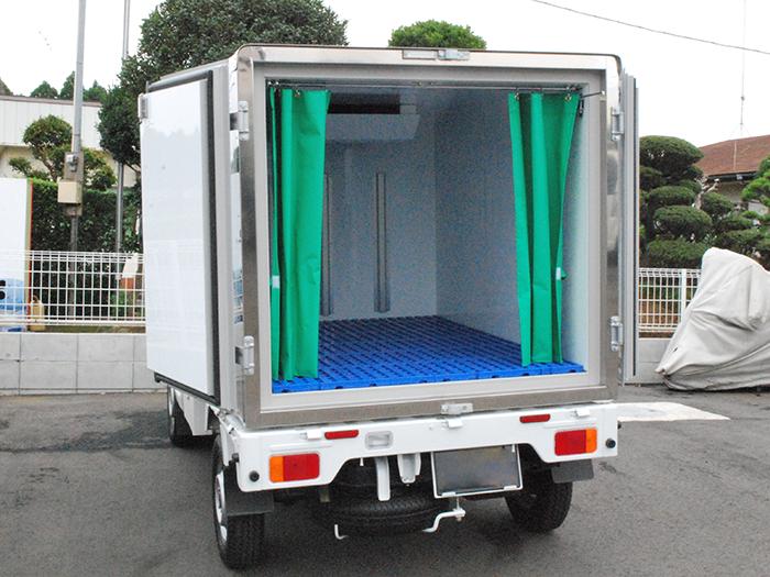 <冷蔵車> 奥行170cm×幅 120cm×高さ105cm