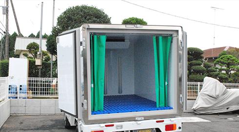 最速の成田空港内での集荷・発送が可能! 緊急配送や日本全国へお荷物をお届けする長距離チャーター便のご用意もございます。また、商品配達や納品代行も承ります。
